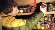 Domowy survival: Jak zrobić zapasy żywności