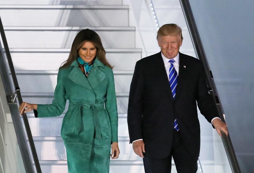 Donald i Melania Trump na warszawskim lotnisku /Paweł Supernak /PAP