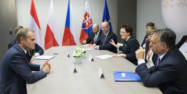 Donald Tusk, Bohuslav Sobotka, Ewa Kopacz, Viktor Orban /JULIEN WARNAND /PAP/EPA