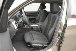 Doskonale wyprofilowane fotele o szerokim zakresie regulacji. /Motor