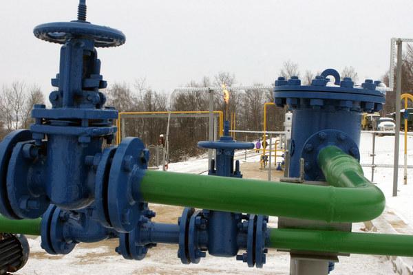 Dostawy rosyjskiego gazu do Europy, dotkniętej przez falę zimna, osiągnęły w czwartek rekordową wielkość /Vladimyr Rasner /AFP