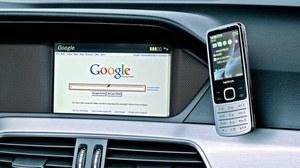 Dostęp do internetu oferują m.in. fabryczne systemy telematyczne Audi, BMW i Mercedesa. /Mercedes
