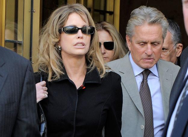 Douglas ożenił się Diandrą w 1977 r. osiemnaście lat później złożył pozew rozwodowy /Getty Images/Flash Press Media