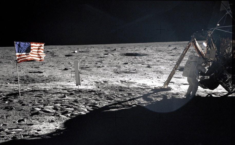 Dowódca Apollo 11, Neil Armstrong na Księżycu /NASA /materiały prasowe