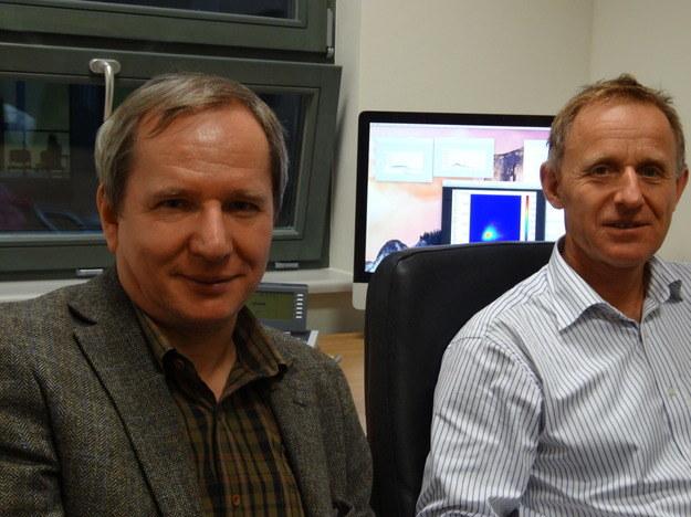 Dr hab. Wojciech Słomczyński (po lewej) i prof. Karol Życzkowski (UJ) /Grzegorz Jasiński /RMF