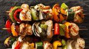 Drobiowe szaszłyki z warzywami
