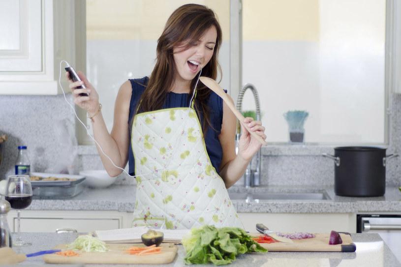 Drobne wskazówki pomogą ci cieszyć się życiem tańszym i lżejszym /©123RF/PICSEL
