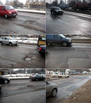 Droga za mostem na placu Rapackiego w Toruniu. Przed telefonem z ministerstwa i kilka dni później //RMF FM