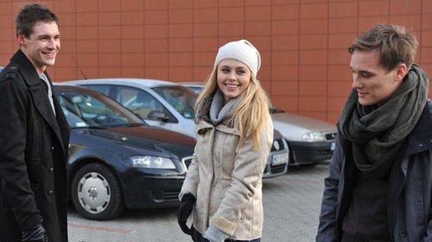 Drogi Olka i jego dziewczyny rozeszły się. Przystojny lekarz jest teraz wolnym człowiekiem... /www.mjakmilosc.tvp.pl/