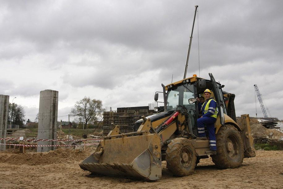 Drogowcy nie zgadzają się z decyzją o wstrzymaniu budowy (zdj. ilustracyjne) /Artur Reszko /PAP