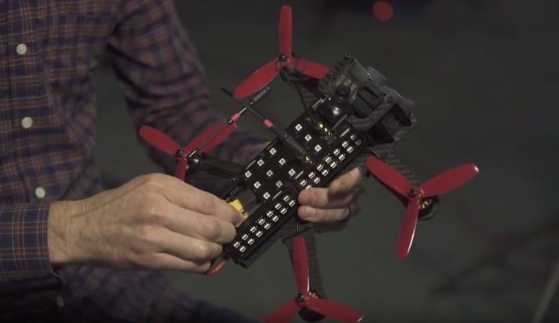 Dron biorący udział w zawodach /materiały prasowe