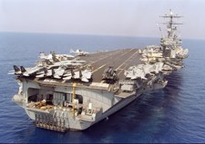 Drugi lotniskowiec USA wszedł na Morze Śródziemne