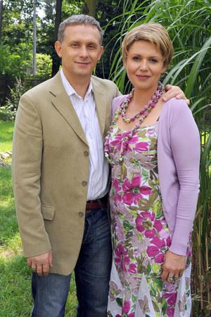 Drugim serialowym mężem Marysi (Małgorzata Pieńkowska) był Artur (Robert Moskwa) /fot  /AKPA