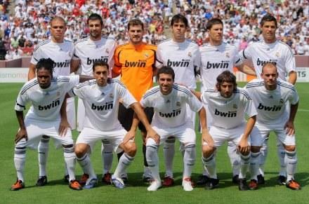 Drużyna Realu jest warta miliony, ale klub jest zadłużony po uszy /AFP