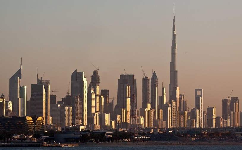 Dubaj stawia na odnawialne źródła energii /©123RF/PICSEL