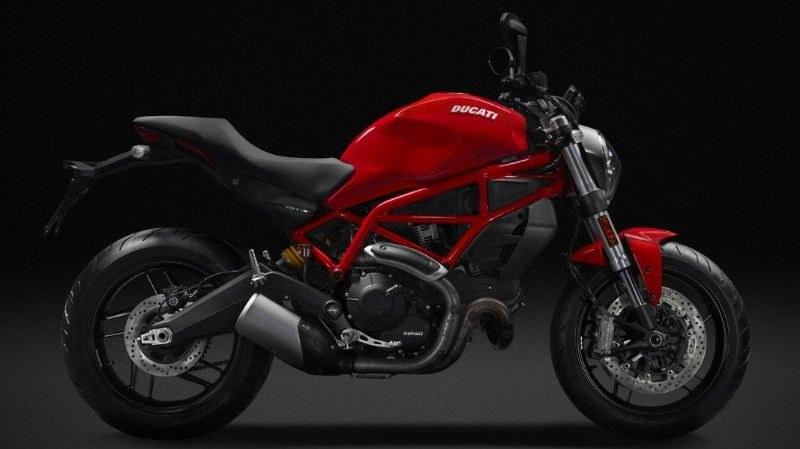 Ducati Monster 797 /