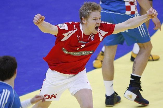Duńscy kibice liczą na Jespera Jensena (na zdjęciu), a Szwedzi na Kima Anderssona /AFP