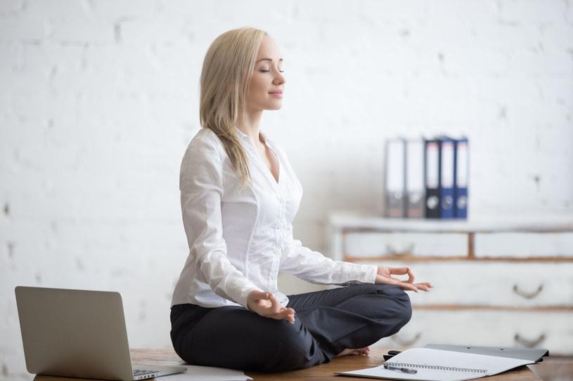 Dwie minuty ciszy mogą być bardziej relaksujące, niż słuchanie muzyki relaksacyjnej /©123RF/PICSEL