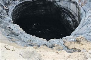 Dwie nowe gigantyczne dziury w ziemi pojawiły się na Syberii