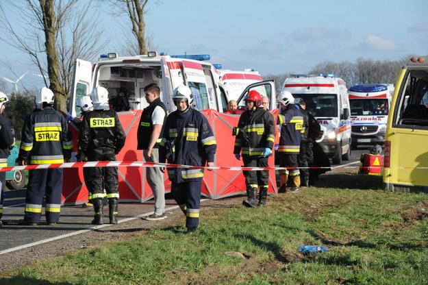 Dwie osoby zginęły w wypadku na zjeździe z DK 6 na Słowino w woj. zachodniopomorskim / Marcin Bielecki    /PAP