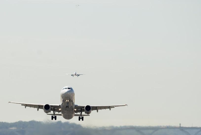 Dwóch amerykańskich pilotów zauważyło UFO /AFP