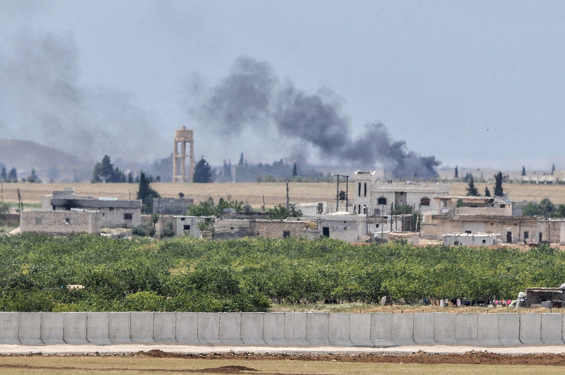 Dym na granicy syryjsko-tureckiej /AFP