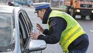 Dyskutujesz z policjantem? Możesz stracić prawko!