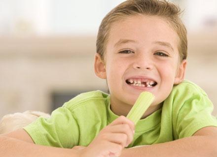 Dzieci po 1. roku życia mają różne dziwne kulinarne przyzwyczajenia /© Panthermedia