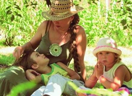 Dzieci rozróżniają obce języki wzrokiem... /INTERIA.PL