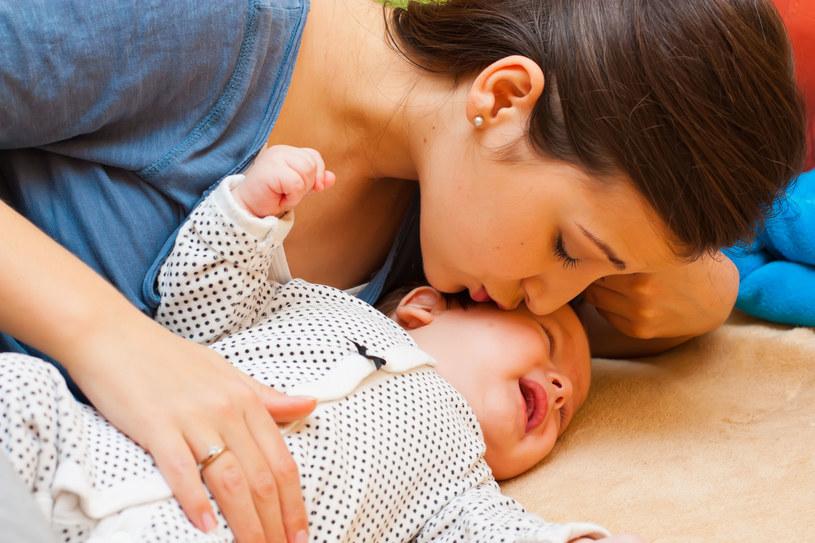 Dzieci trudne do uspokojenia wymagają od nas więcej uwagi, troski i cierpliwości /©123RF/PICSEL