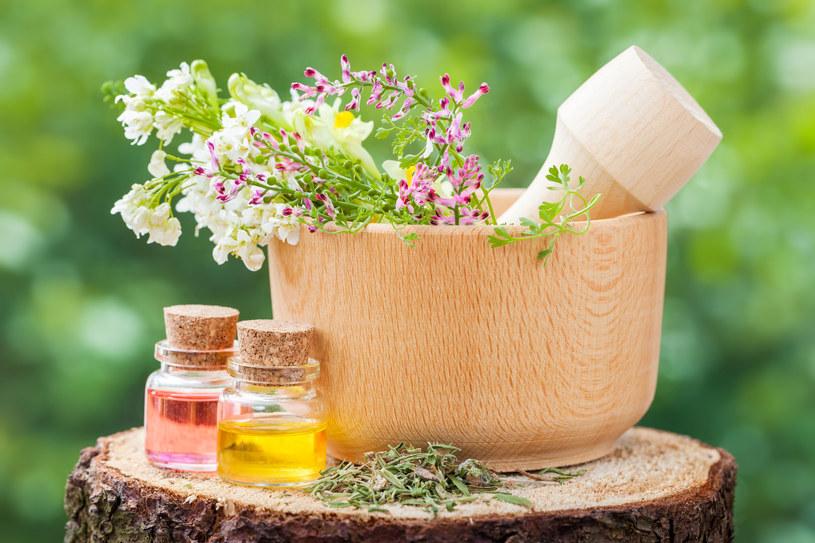 Dzięki aromaterapii pozbędziesz się nadmiaru wody z organizmu /©123RF/PICSEL