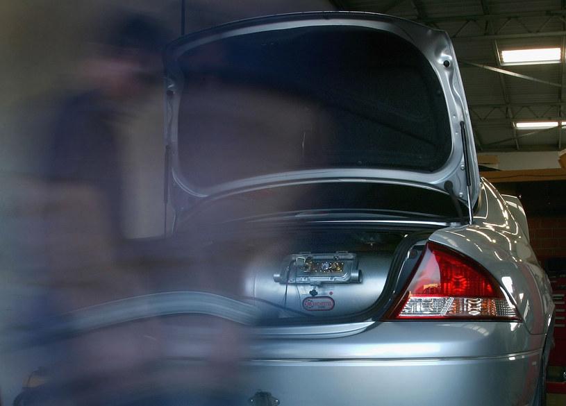 Dzięki LPG koszty użytkowania samochodu znacznie spadają /Getty Images