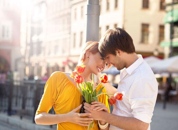 Dzięki szybkim randkom możesz znaleźć miłość życia /123RF/PICSEL