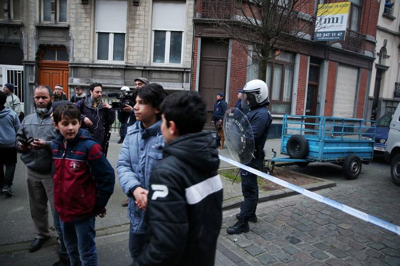 Dzielnicę Molenbeek w Brukseli zamieszkują głównie muzułmanie /AFP