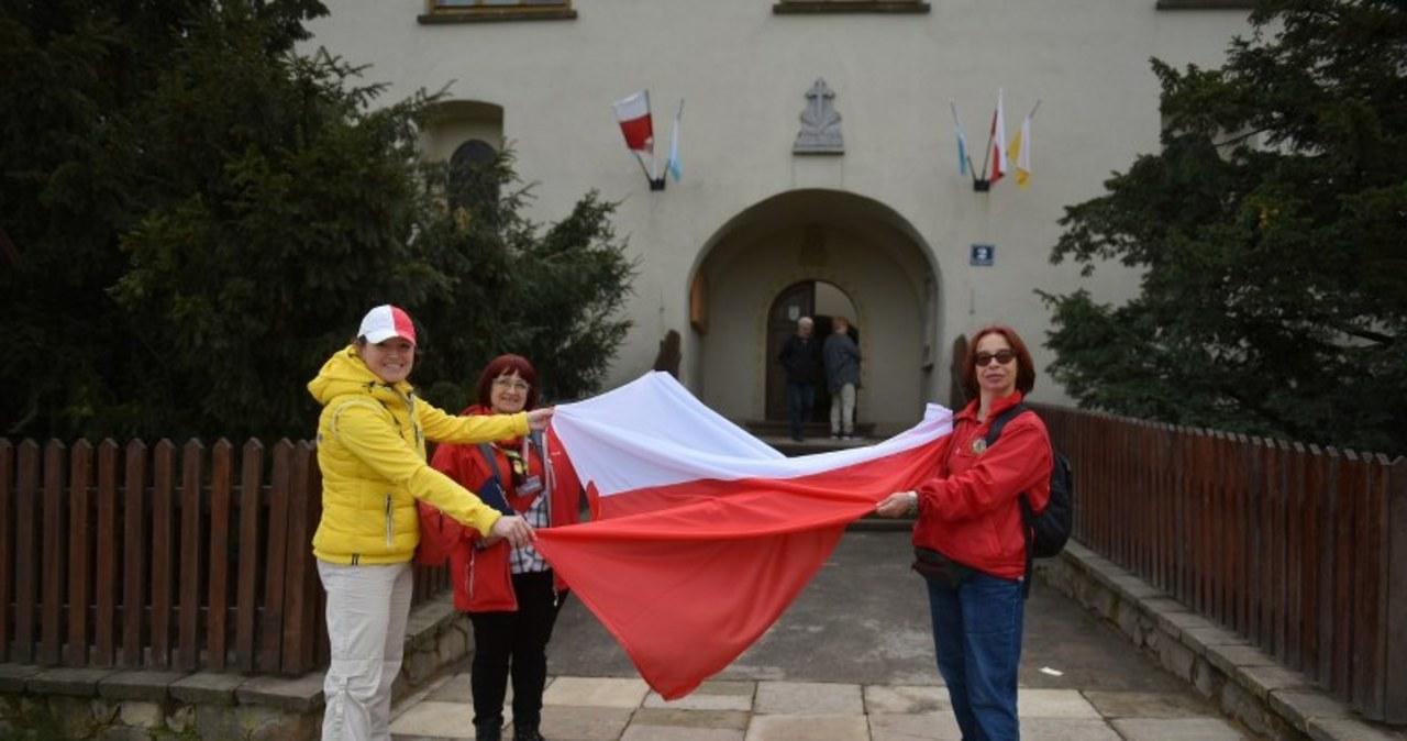 Dzień Flagi z RMF FM. Agnieszka Wyderka zdobyła Łysicę