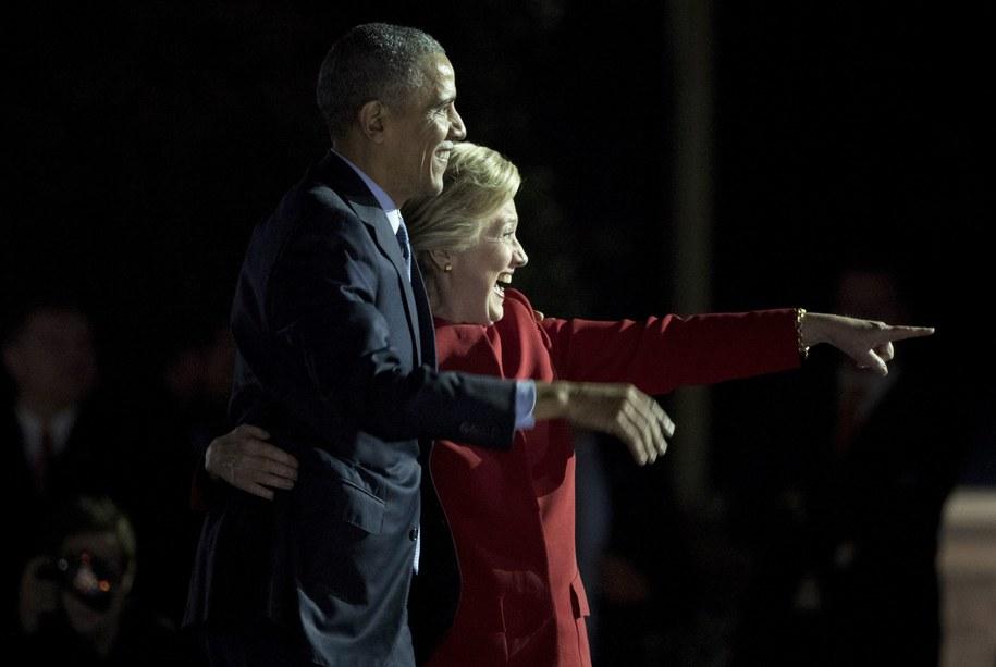 Dzień przed wyborami prezydent Barack Obama wystąpił razem z Hillary Clinton na wiecu w Filadelfii /JUSTIN LANE /PAP/EPA