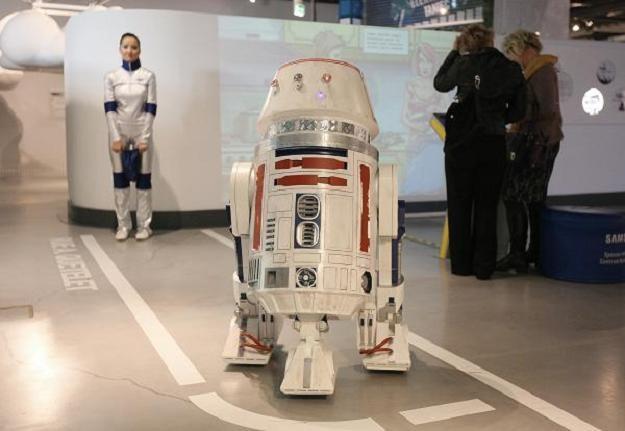 Dzień Robotyki w Centrum Nauki Kopernik z okazji otwarcia pracowni robotycznej / fot. P. Supernak /PAP