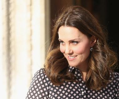 Dziennikarze zapytali ją o zaręczyny Harry'ego. Co odpowiedziała?