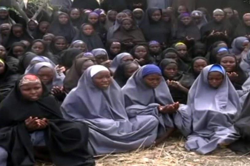 Dziewczęta porwane przed rokiem przez Boko Haram /AFP