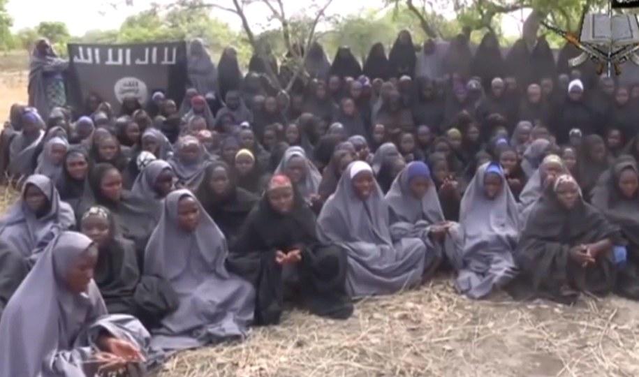Dziewczęta porwane przez Boko Haram ze szkoły w Nigerii /EyePress /PAP/EPA