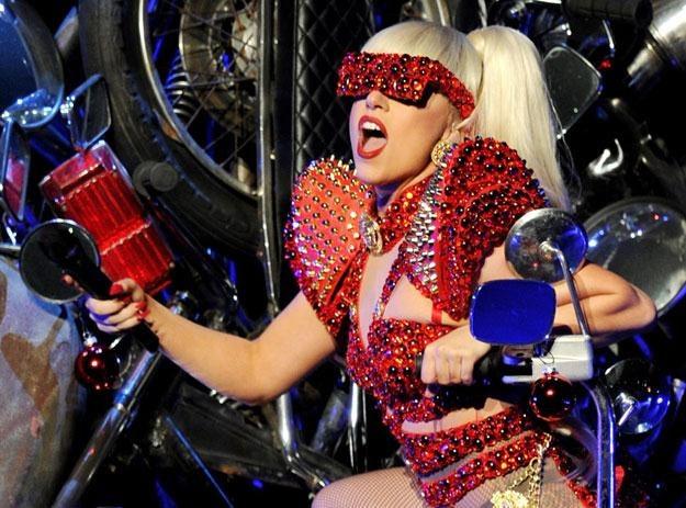 """""""Dziś chodzi o taniec i relaks"""" (na zdjęciu gwiazda pop Lady Gaga) fot. Kevin Winter /Getty Images/Flash Press Media"""