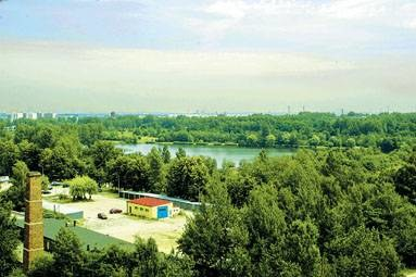 Dziś Dolina Trzech Stawów to enklawa zieleni w środku miasta i miejsce wypoczynku  / fot. P. Bonk /EchoMiasta_Katowice