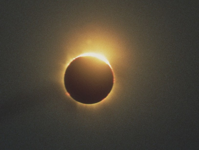Dziś można obserwować zaćmienie słońca /Laski Diffusion /East News