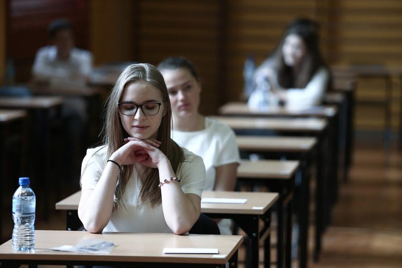 Dziś trzeci dzień egzaminu gimnazjalnego 2017. Uczniowie mierzą się z językiem obcym /PAWEL RELIKOWSKI / POLSKA PRESS /East News