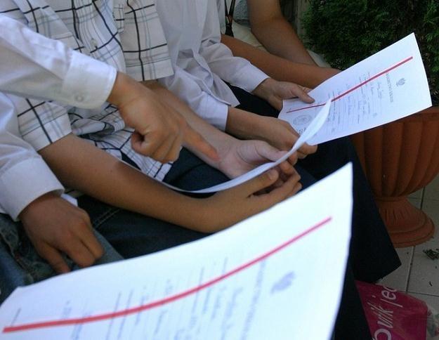 Dzisiaj dzieci otrzymają świadectwa szkolne / fot. S. Maszewski /Reporter