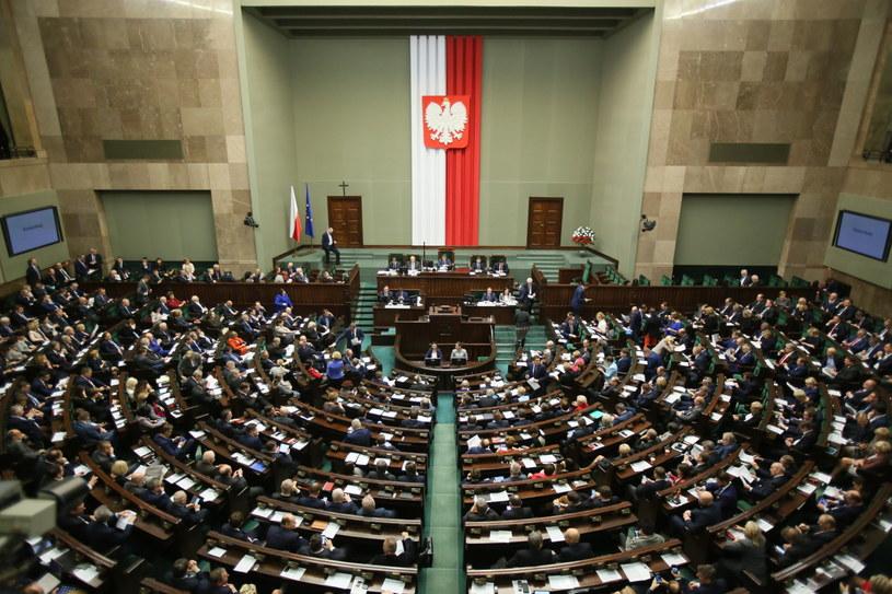 Dzisiejsze obrady Sejmu /Leszek Szymański /PAP