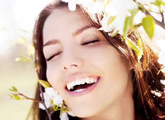 Dzisiejsze zwyczaje nakazują, by wraz z wiosną pozbyć się niepotrzebnych rzeczy /©123RF/PICSEL