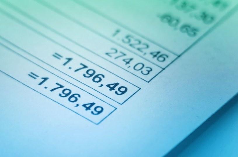e-faktury oraz elektroniczna dokumentacja zaczyna, na szczęście, wypierać tą papierową /©123RF/PICSEL