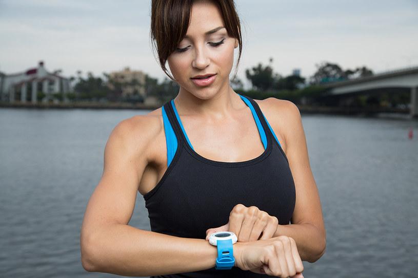 Echo - kolejny zegarek umożliwiający synchronizację ze smartfonem /materiały prasowe