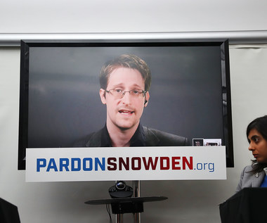 """Edward Snowden w teledysku """"The Veil"""" Petera Gabriela"""